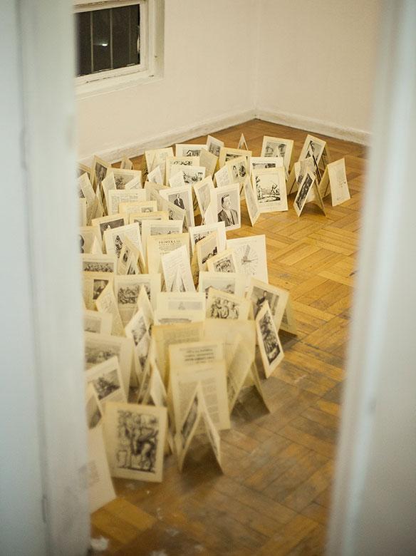 """Sesion """"Bitácora de regreso"""" en Galería Espora"""