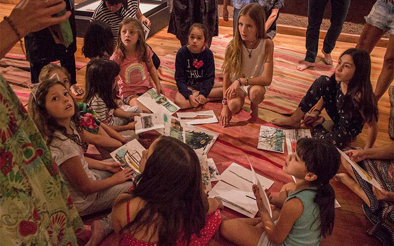 """Sesion Antenna Kids: Guadalupe Valdés y su exposición """"Infinita vitalidad de la materia"""""""